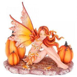 Figura de hada del otoño