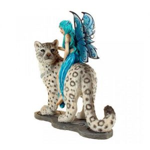 Figura de hada en leopardo