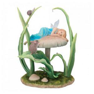 Figura de hada dormida