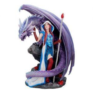 Figura dragones y magos
